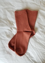 Load image into Gallery viewer, Red-Lurex-Socks/Twiin