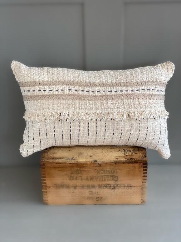Rectangle beige cushion with fringe