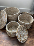 White + natural basket with lid