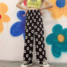 Load image into Gallery viewer, KAWAII FLOWER TROUSER - DIFTAS - Do It For The Aesthetics