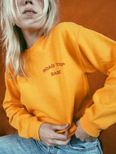 Load image into Gallery viewer, ROAD TRIP BABE CROPPED SWEATSHIRT - Diftas