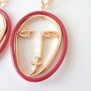 RED COATED FACE EARRINGS - Diftas