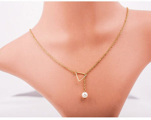 TRIANGLE NECKLACE - DIFTAS - Do It For The Aesthetics