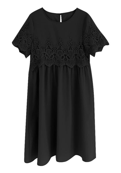 Front view of black hollow out lace keyhole-back shift dress' 3D image