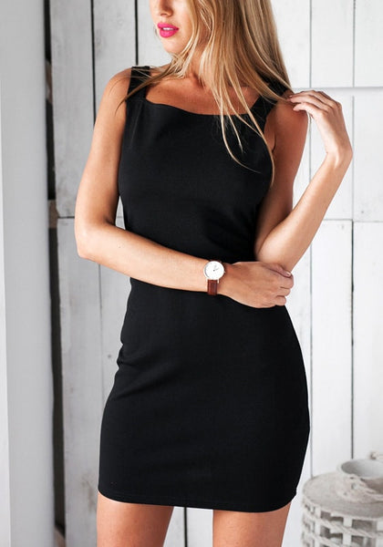Front view of model in black midi bodycon dress
