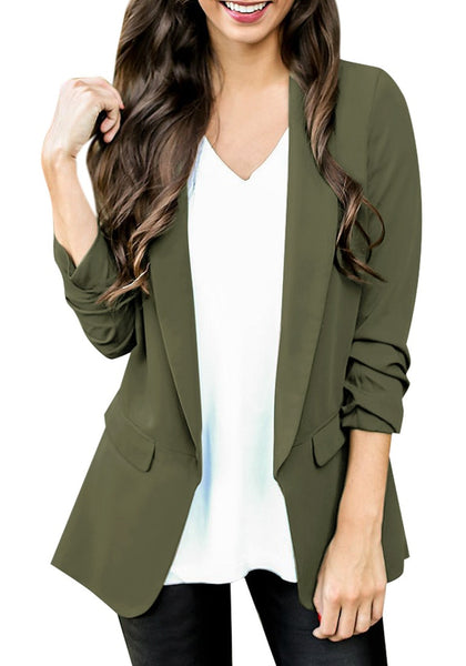 Front view of model wearing army green lapel side pocket slim blazer