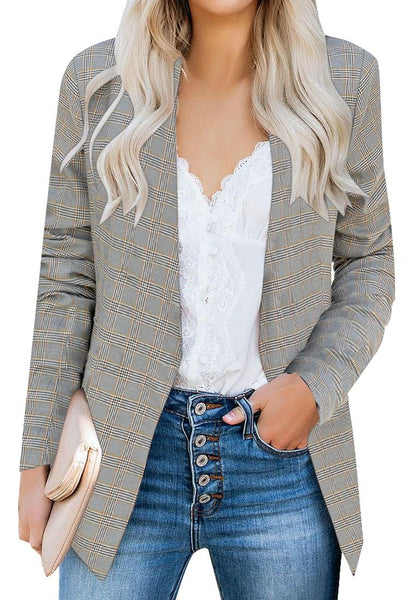 Front view of model wearing grey open-front side pockets plaid blazer