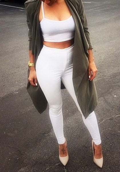 Front view of white skinny high-waisted pants