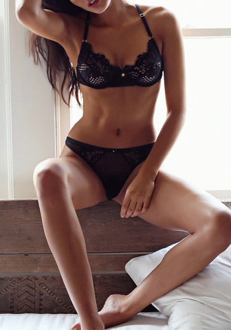Black Eyelash Lace Trim Lingerie Set