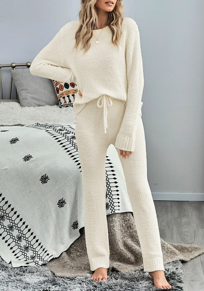 Front view of model wearing beige fuzzy knitted fleece drawstring-waist loungewear set