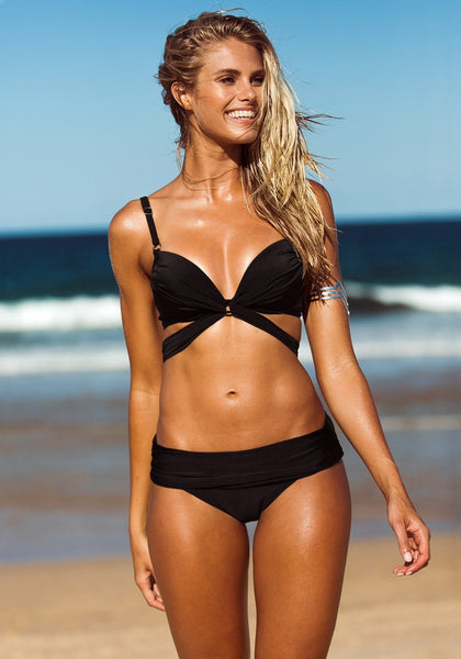Model wear twist Bandeau Bikini - Black - Appealing Criss Cross Design at Front