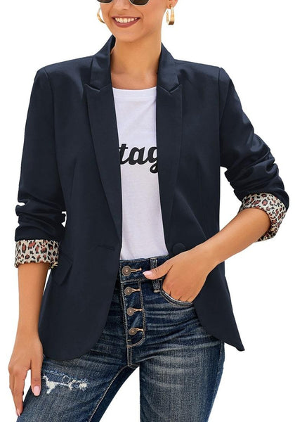 Model wearing navy leopard lining back-slit notched lapel blazer's 3D image