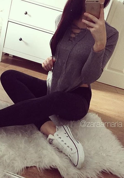 zaraamaria is wearing lookbookstore grey side-slit asymmetrical tee
