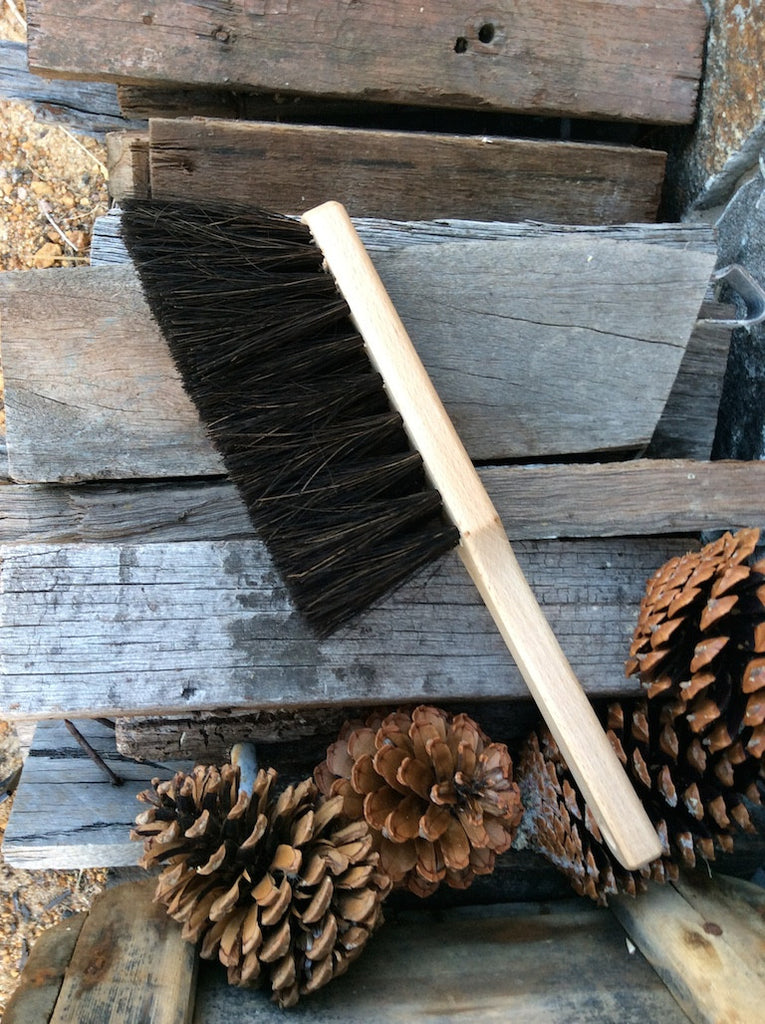 Arenga fibre hearth brush