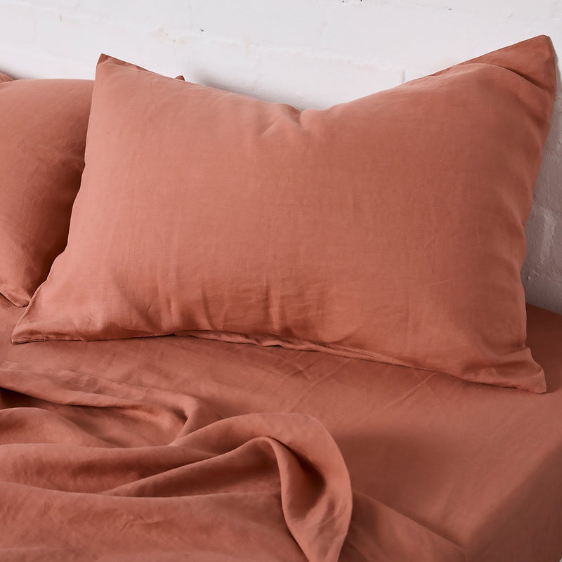100% Linen Fitted Sheet in Rosewood
