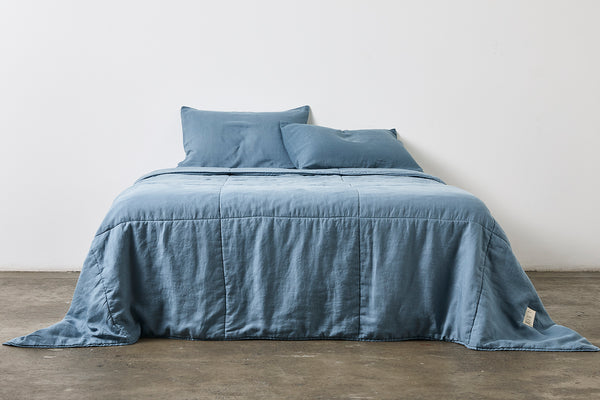 100% Linen Quilted Bedcover in Lake