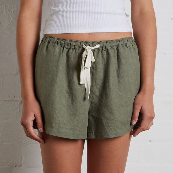 100% Linen Shorts in Khaki