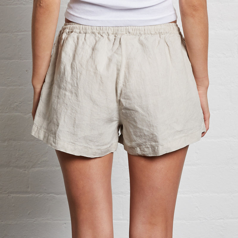 100% Linen Shorts in Dove Grey