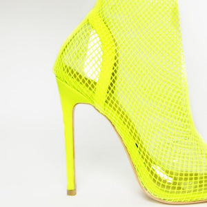 KASA NEON- CLEAR FISHNET HEELS