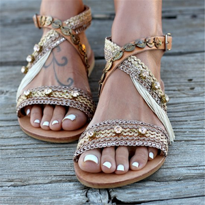 Metal  Vintage Open Toe  Decorative Buckle With Flat Sandals