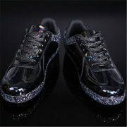 Glossy casual and comfortable sneakers
