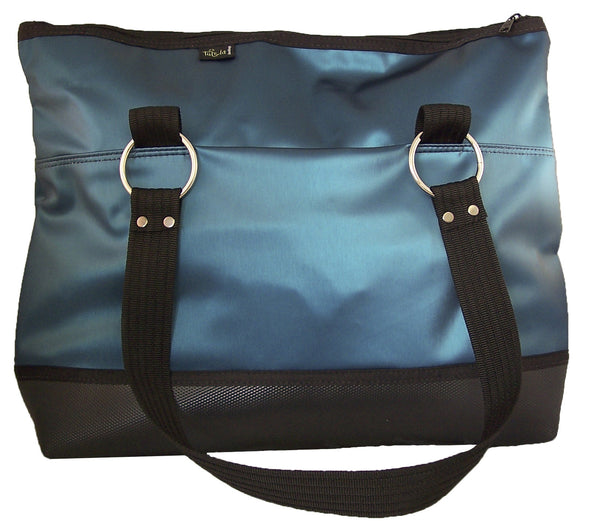travel bag in atlantic luster vinyl
