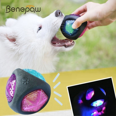 Benepaw Elastic Flash LED Rubber Ball Durable Bite-resistant