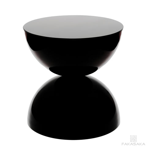 FA11 side table (lacquer)