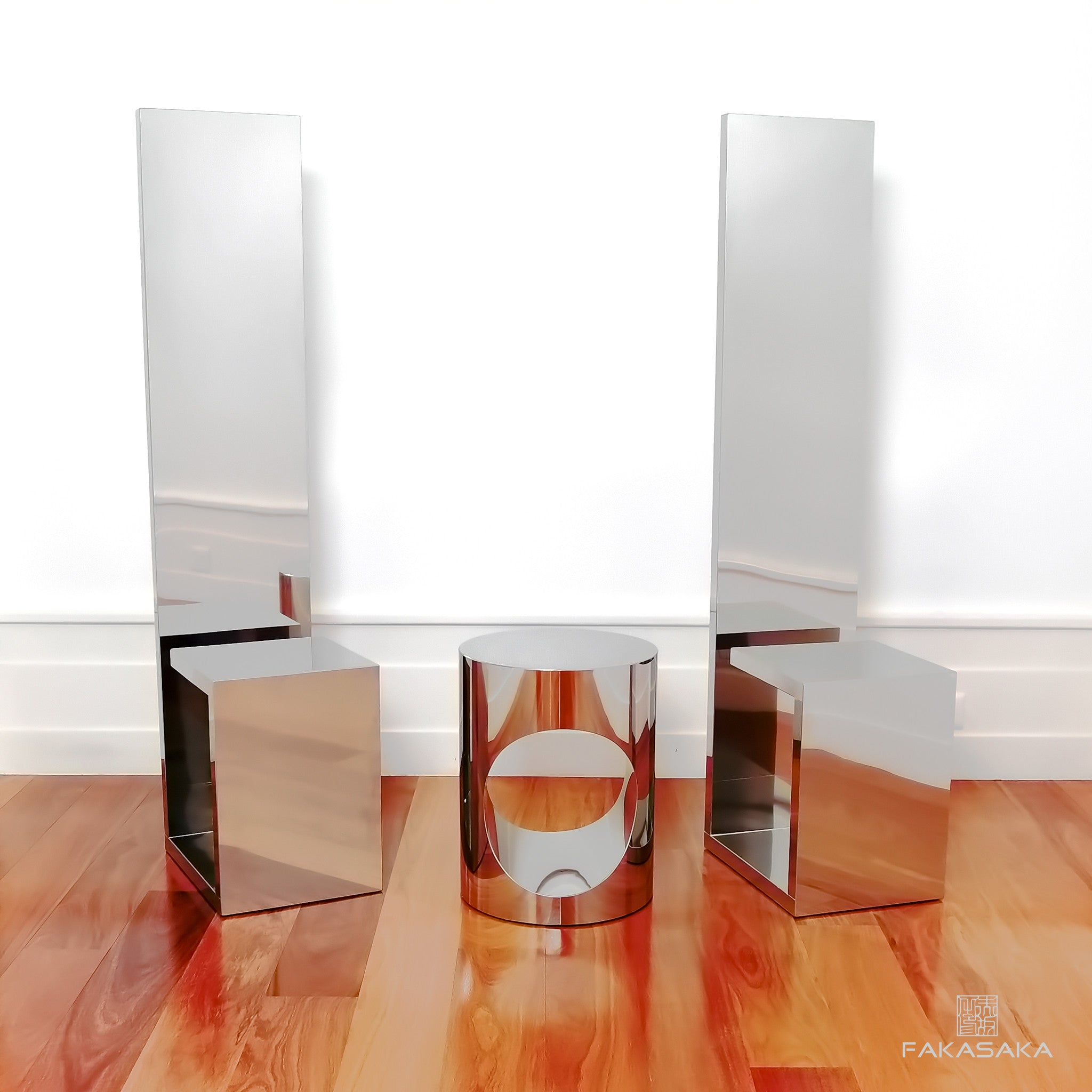 FA4 STOOL / SIDE TABLE / DRINK TABLE<br><br>STAINLESS STEEL