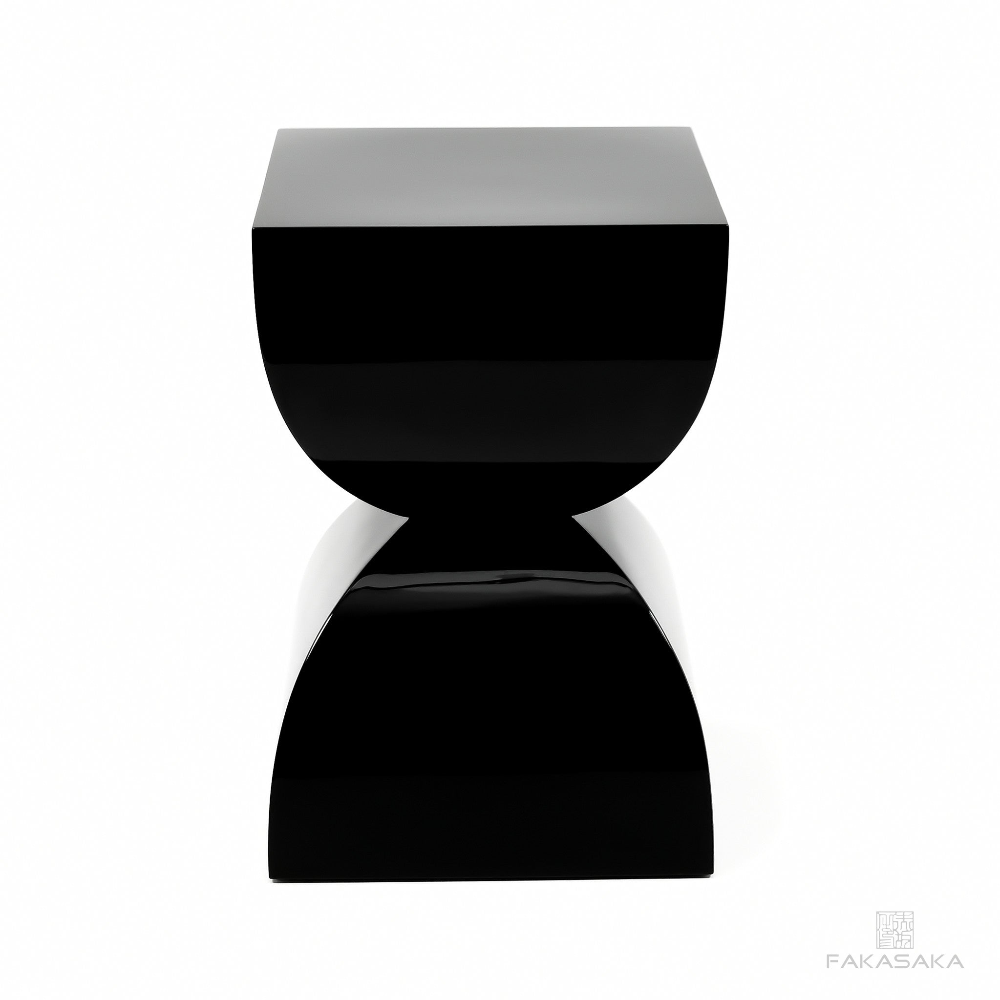 FA5 STOOL / SIDE TABLE / DRINK TABLE <br><br>LACQUER BLACK