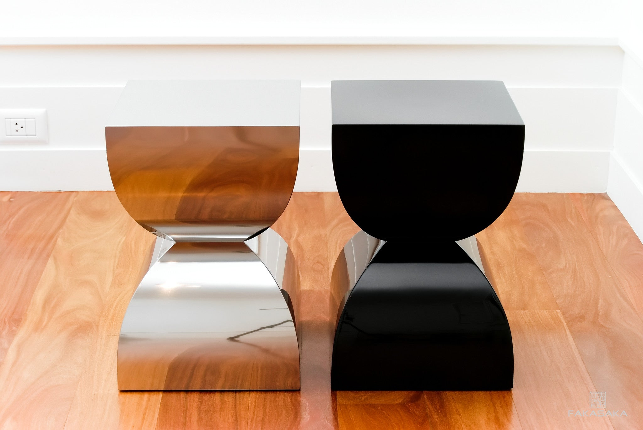 FA5 stool / side table (lacquer)