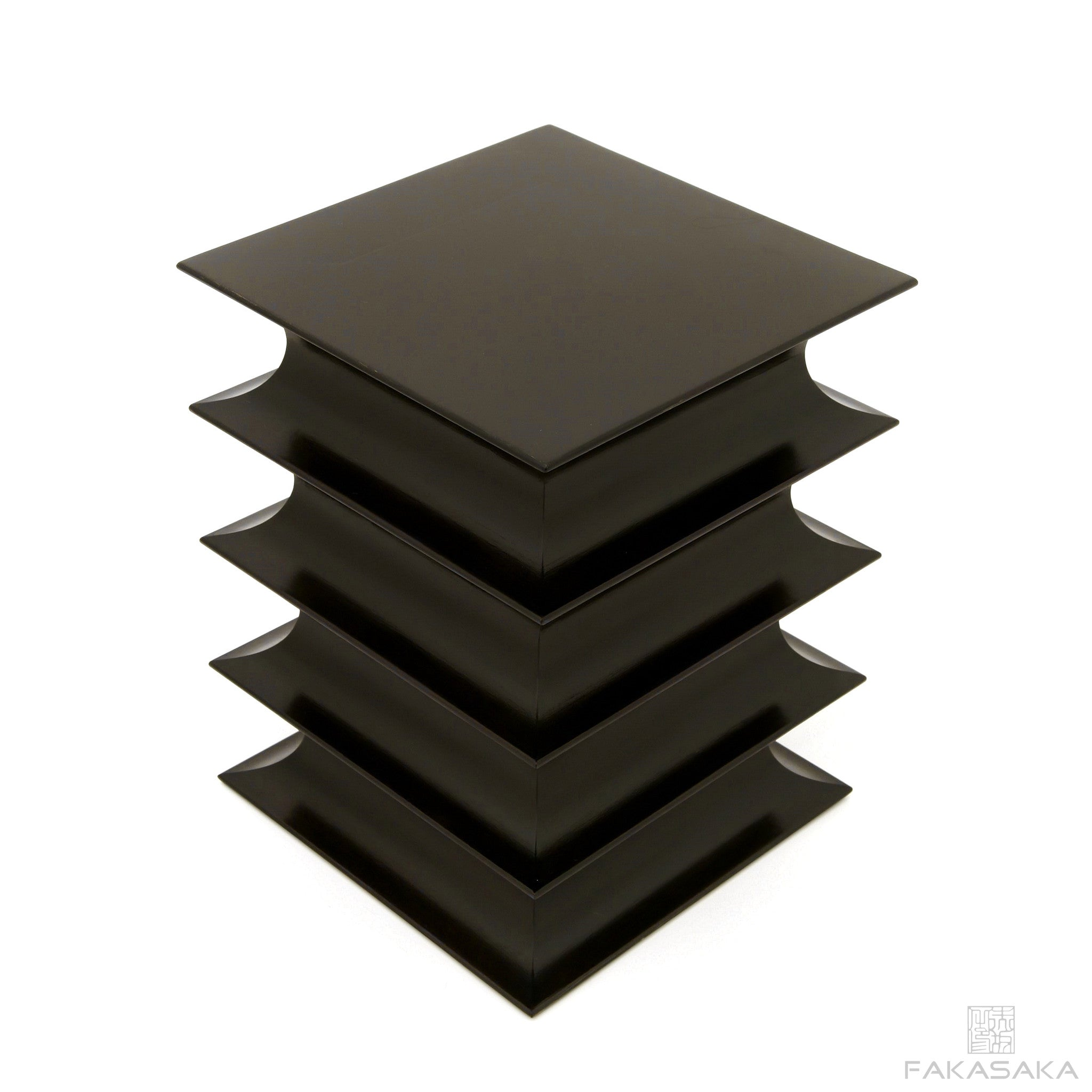 FA9 stool / coffee table (lacquer)