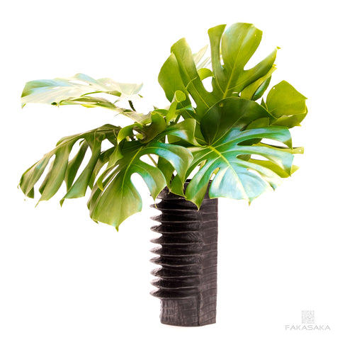 DEAR RICK VASE<br><br>DARK BRONZE