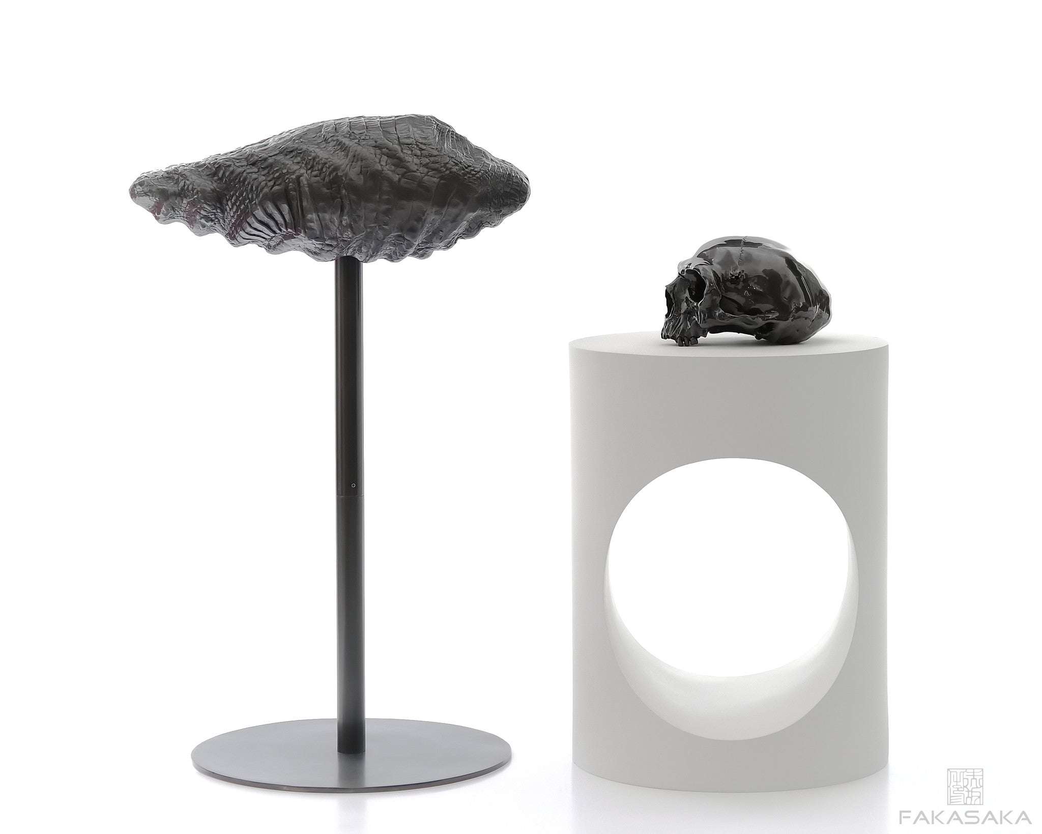 LOTUS STOOL<br><br>DARK BRONZE