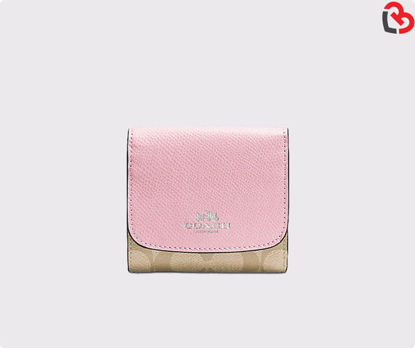 Coach Small Wallet In Signature (F53837)