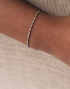 Simple Bar One Liner Diamond Bracelet