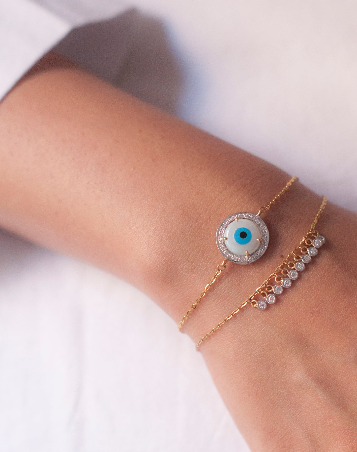 Round Evil Eye Bracelet with Both Diamonds
