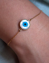 Load image into Gallery viewer, 18kt Gold Round Evil Eye Bracelet