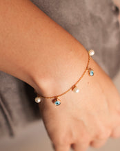 Load image into Gallery viewer, 18kt Evil Eye and Pearl Bracelet