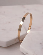 Load image into Gallery viewer, Gold Classic Flat Bangle