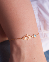 Load image into Gallery viewer, Filigree Hamsa Hand Round evil Eye Bracelet