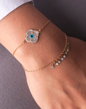 Load image into Gallery viewer, Gold Clover Evil Eye Bracelet with Both Diamonds
