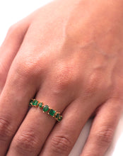 Load image into Gallery viewer, 18kt Gold Emerald Shape Ring