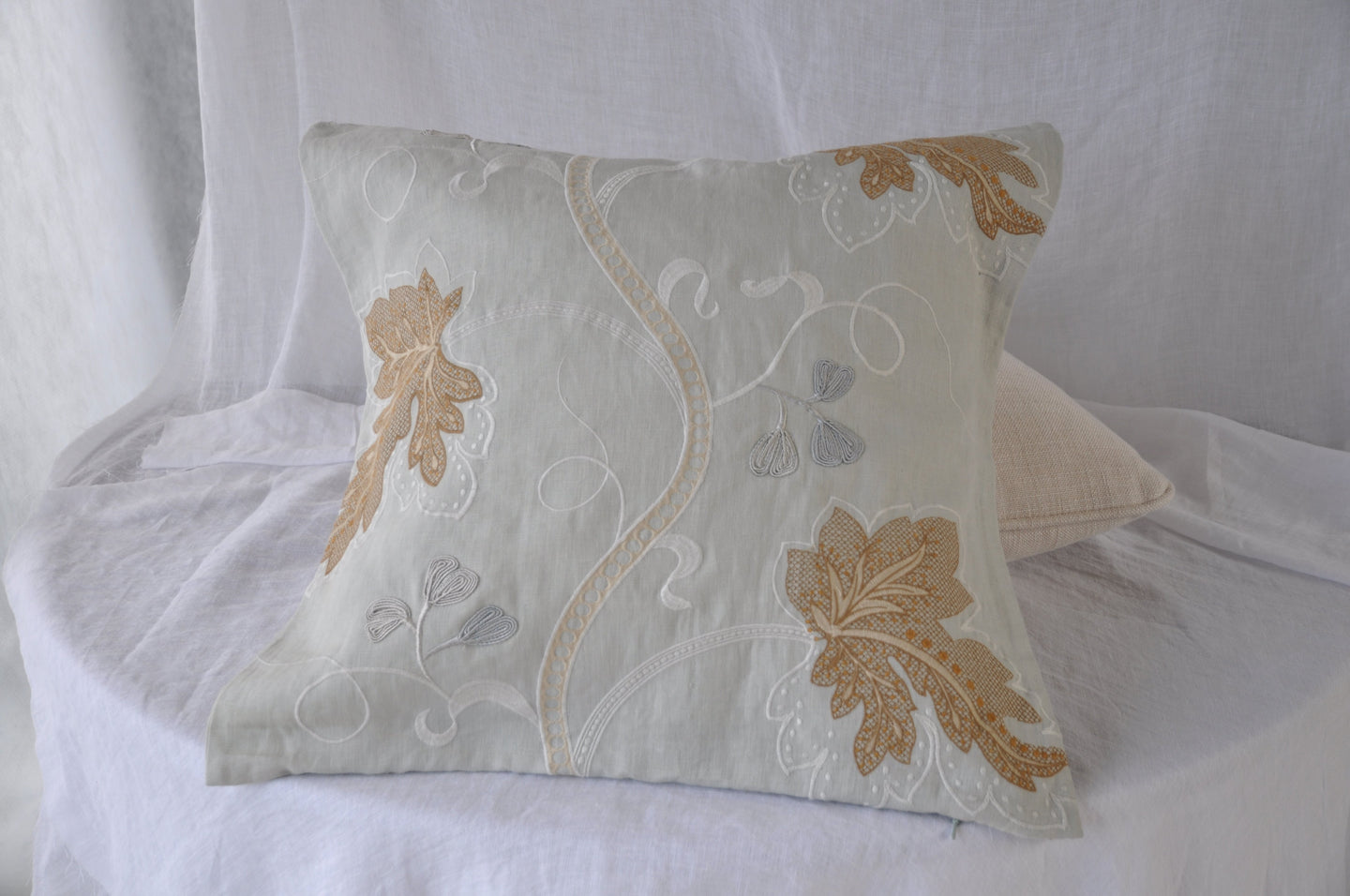 Colefax & Fowler Kashmir Leaf Cushion Cover