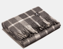 Load image into Gallery viewer, Plaid Classic Scottish Throw