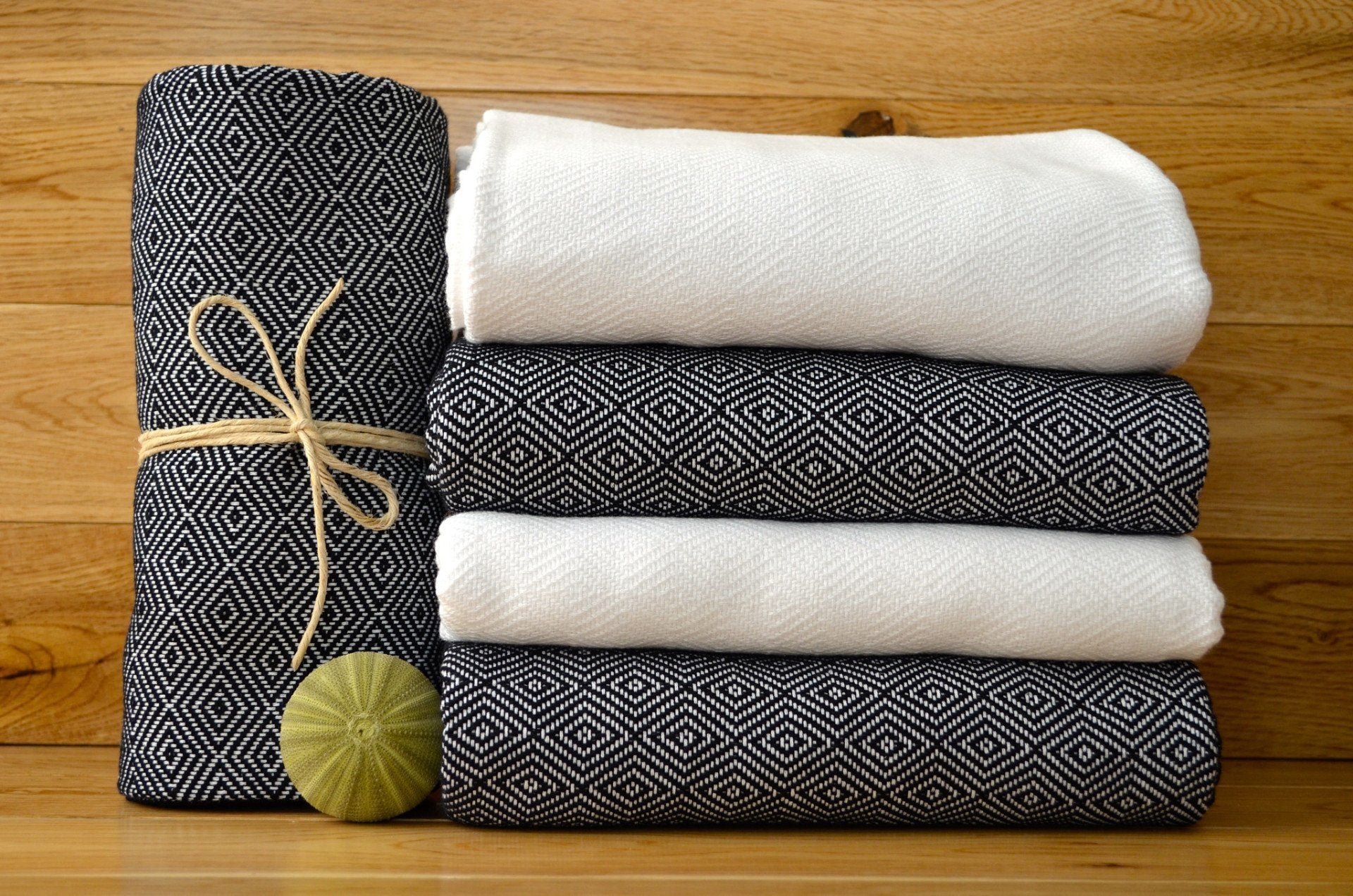 Diamond Pestemal Towel - Authentic Turkish Towel - Eco-friendly Hammam Towel - Perfect Travel Towel - Pestemal - Peshtemal