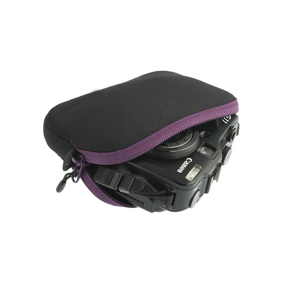 Sea to Summit Travelling Light Padded Pouch Medium Purple