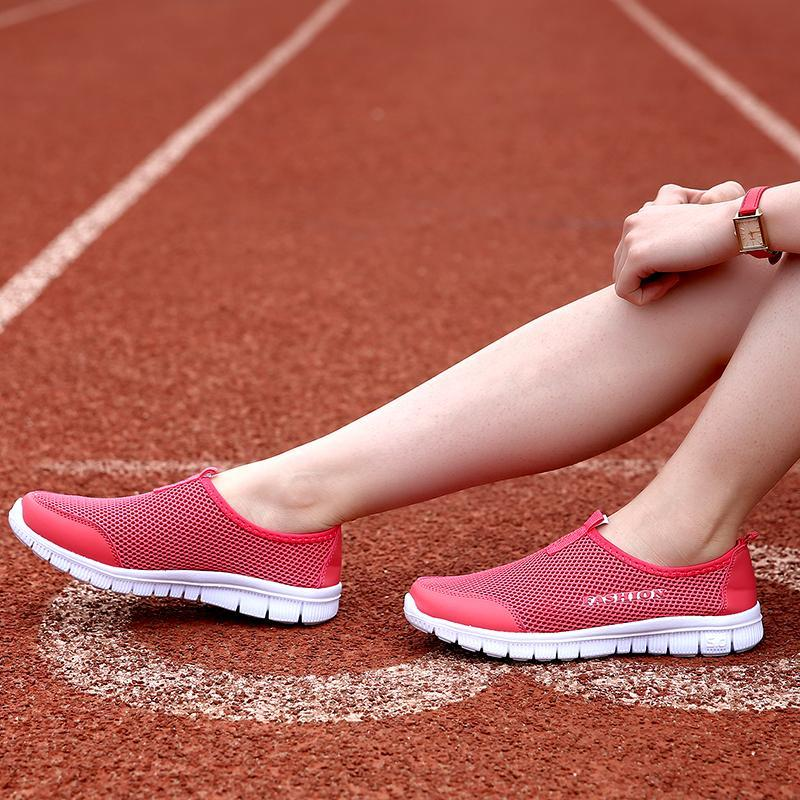 Women's Ultra-Light Wear-Resistant Lazy Shoes Ventilated Net Running Shoes