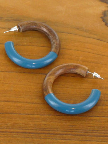 Half wood and resin hoop earrings