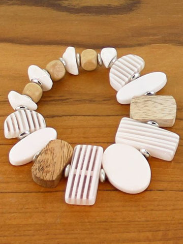 Resin and wood mixed shape elasticated bracelet